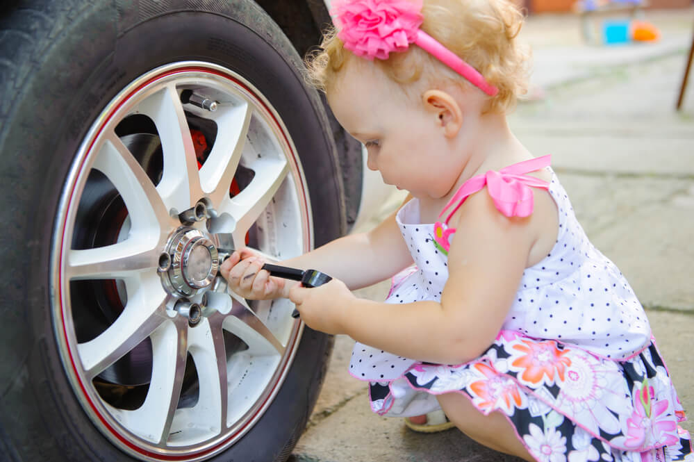 DIY toddler changing car tire